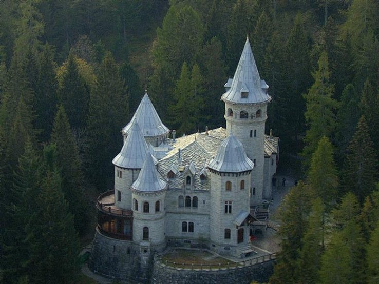Castel Savoia Gressoney